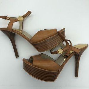 Michael Kors platform heel in brown.